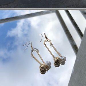 Gold delicate earrings